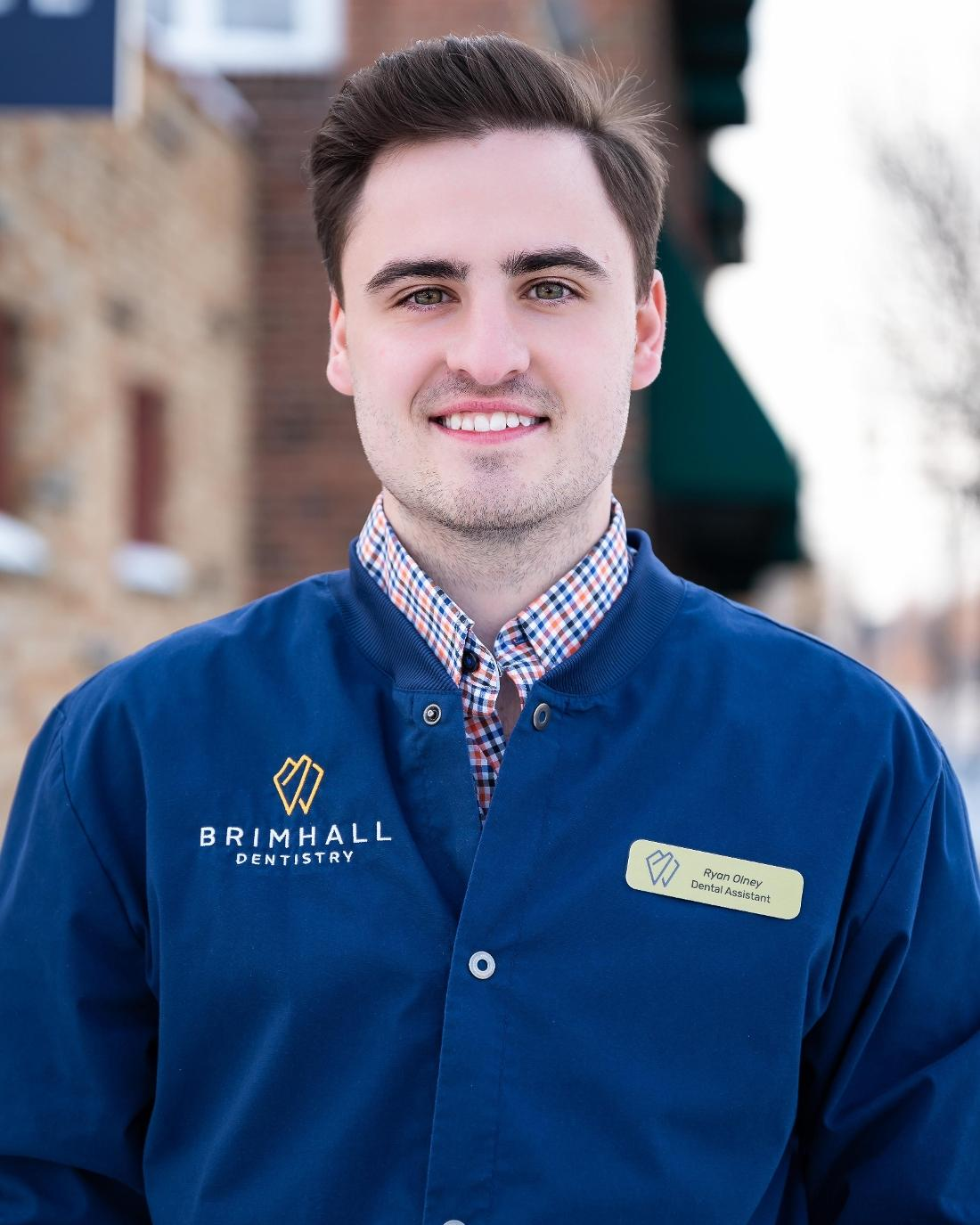 Headshot of Ryan Olney a dental assistant at Brimhall Dentistry